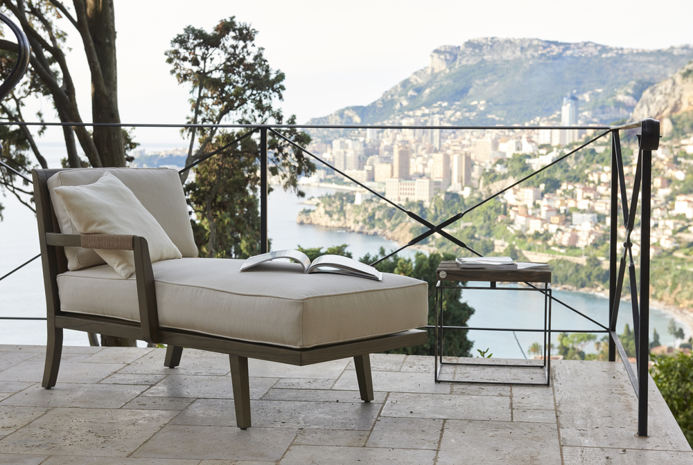 Garbarino of Monaco, Chaise with laced arm