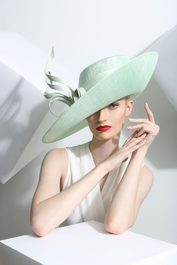 Another work of art by Philip Treacy. Visit Philip at  www.PhilipTreacy.co.uk