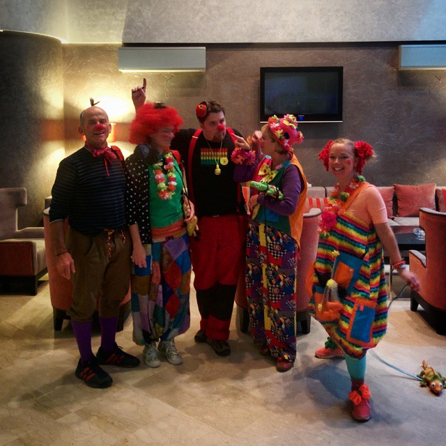 We love our guests! Very happy that SOS Smile choose to stay with us!!! Their experienced hospital clowns visit ill and lonely children in hospitals and orphanages, delivering smiles and laughs. Check them out to see if you can help. || #tourism #travel #travellove #weloveourguests #discovermorocco #discovercasablanca #travelandlife #hotelstuff #dogood #causes #nonprofit