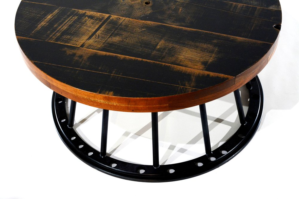 Reclaimed wood coffee table - 3 c a
