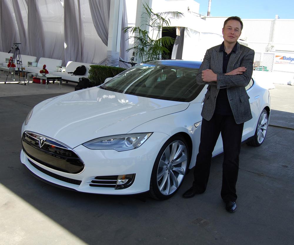 Elon Musk, Tesla (Wikipedia)