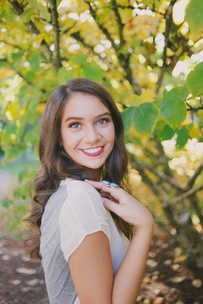 SiennaLochtie_Senior-2014_Hoyt_Arboretum_Washington_Park_Natural_Outdoor_Senior_Portrait_Photography_Portland_Oregon_101-Edit-Edit.jpg
