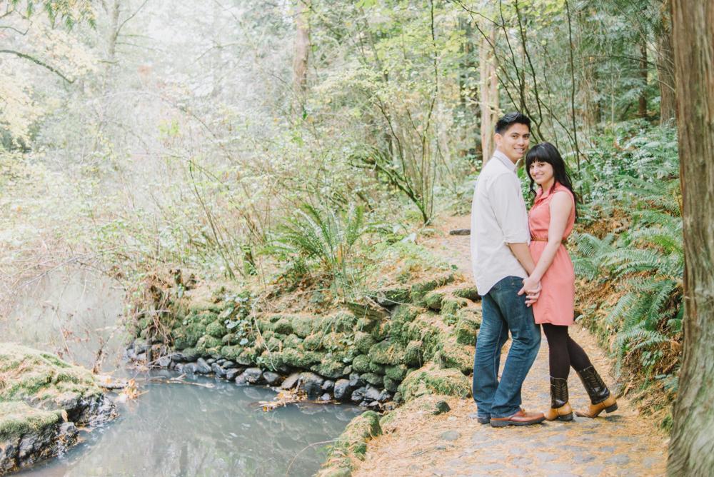 Leach-Botanical-Gardens-Outdoor-Couples-Photography-Landscape-Johan-Dani_Engagement_0518.jpg