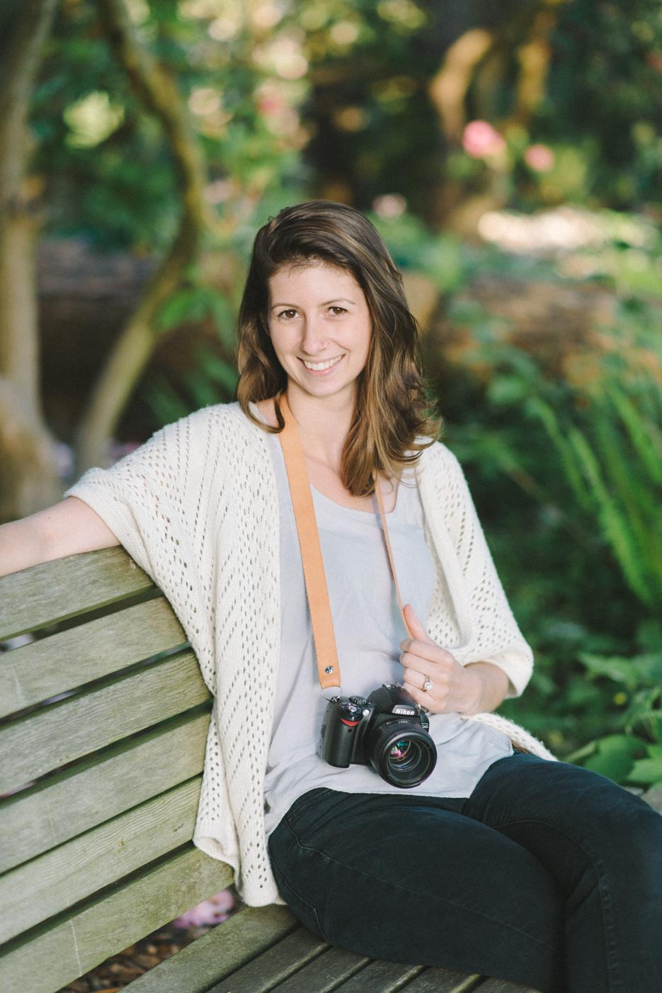 best-senior-portraits-portland-oregon-bridge-crystal-springs-rhododendron-garden-11.jpg