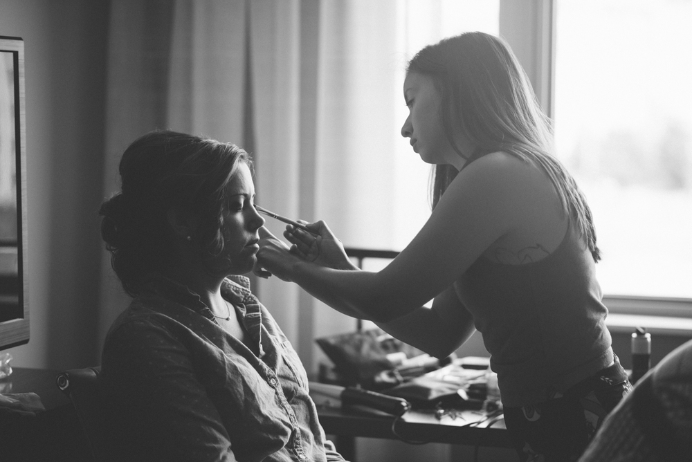 tanner-springs-park-ecotrust-building-wedding-makeup-portland-oregon-shelley-marie-photo
