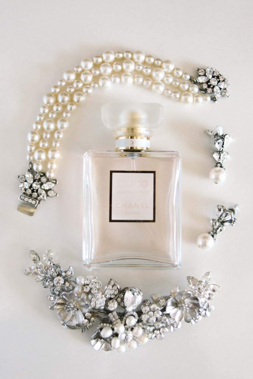 tanner-springs-park-ecotrust-building-wedding-perfume-jewelry-coco-chanel-portland-oregon-shelley-marie-photo
