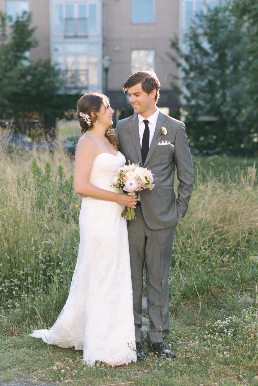 tanner-springs-park-ecotrust-building-wedding-portland-oregon-shelley-marie-photo-3