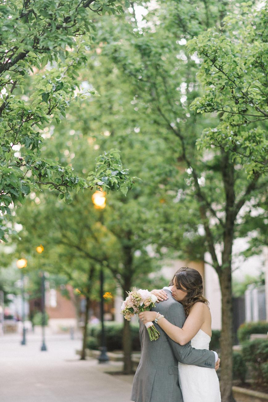 tanner-springs-park-ecotrust-building-wedding-portland-oregon-shelley-marie-photo