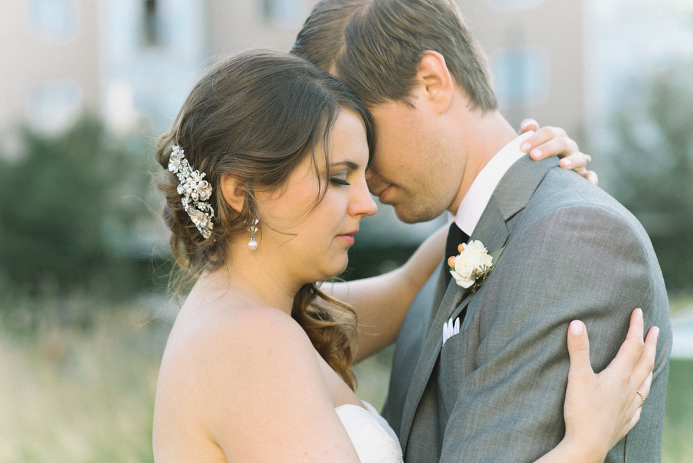 tanner-springs-park-ecotrust-building-wedding-portland-oregon-shelley-marie-photo-6