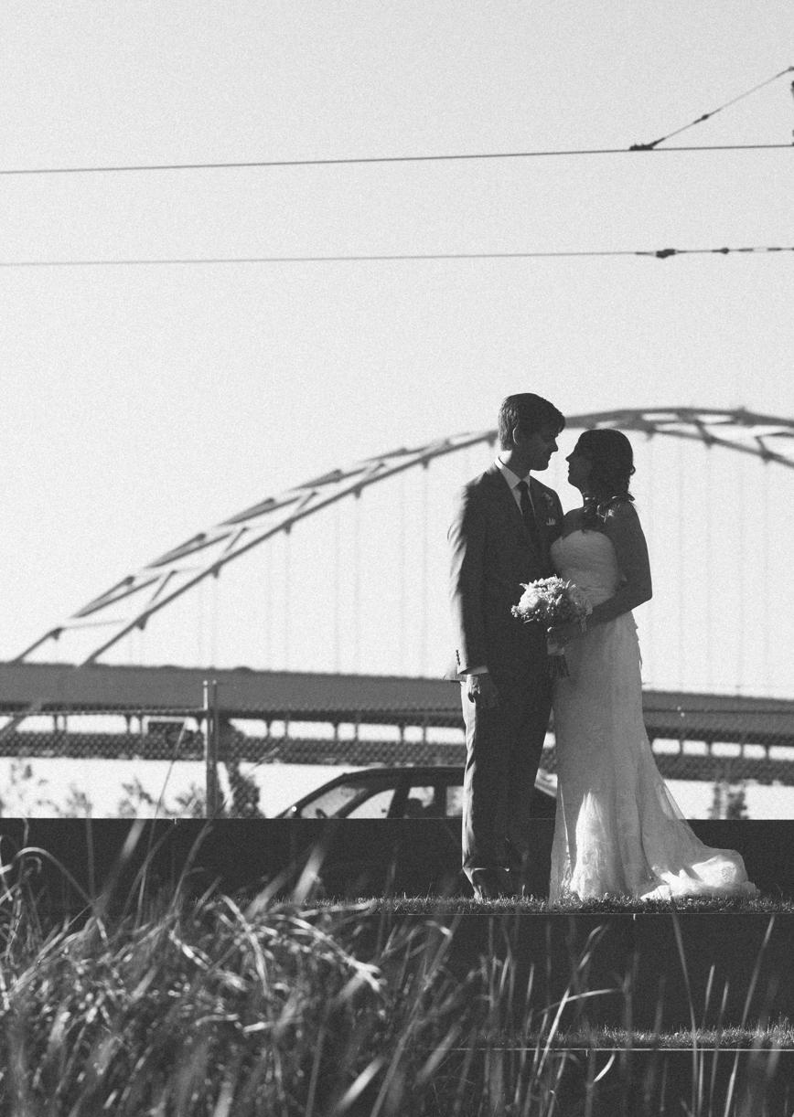 ecotrust-building-wedding-portrait-broadway-bridge-sillhouette-portland-oregon-shelley-marie-photo