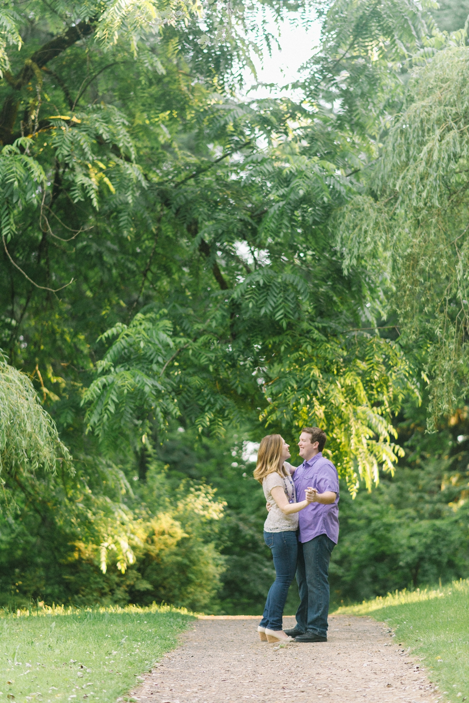 engagement-photography-portland-oregon-hoyt-arboretum-washington-park-romantic-couples-portraits-nature-natural-light-forest-field-shelley-marie-photo-15