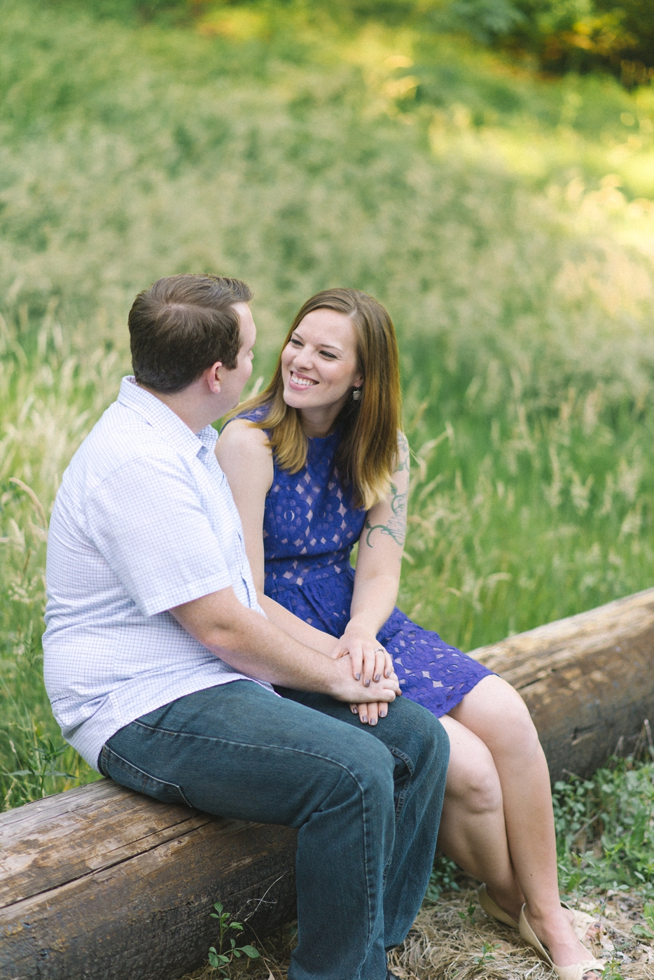 engagement-photography-portland-oregon-hoyt-arboretum-washington-park-romantic-couples-portraits-nature-natural-light-forest-field-shelley-marie-photo-5