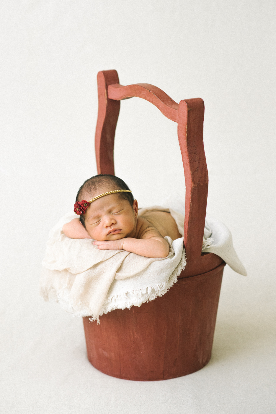 Newborn-Photographer-Portland-Oregon-Baby-Portrait-Natural-Light-red-basket-gold-headband-Shelley-Marie-Photography-4