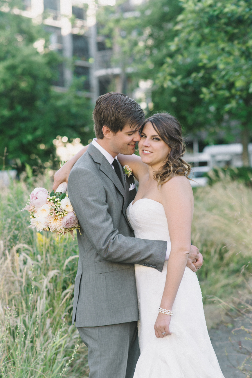 Portland-Oregon-Wedding-photographer-ecotrust-building-tanner-springs-park-bride-and-groom-portrait-shelley-marie-photography-2