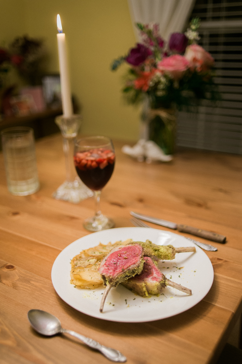 valentines-day-2015-portland-oregon-herb-crusted-rack-of-lamb-potatoes-boulangere-shelley-marie-photo-2.jpg