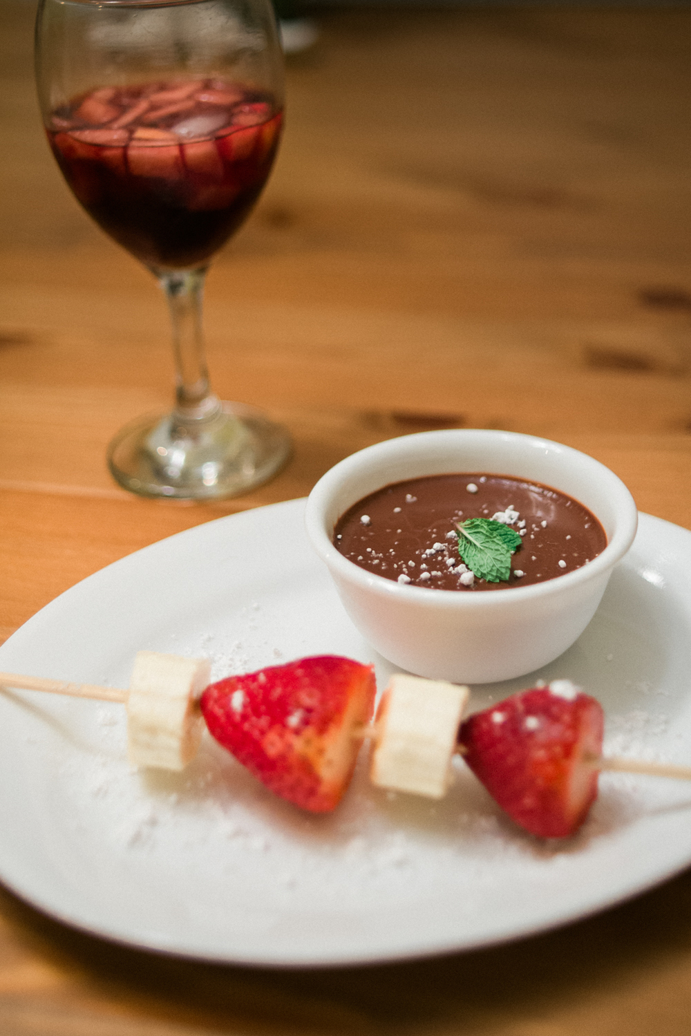 valentines-day-2015-mocha-pot-de-creme-strawberries-shelley-marie-photo.jpg