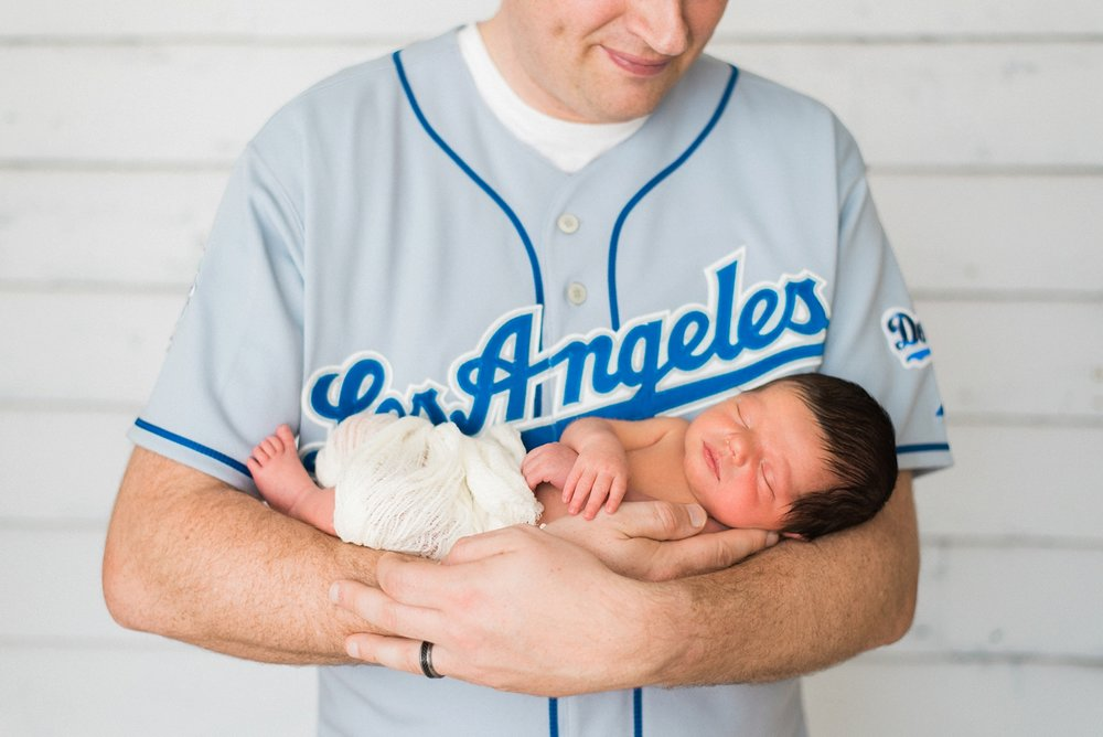 portland-newborn-boy-dodgers-photography-shelley-marie-photo-1