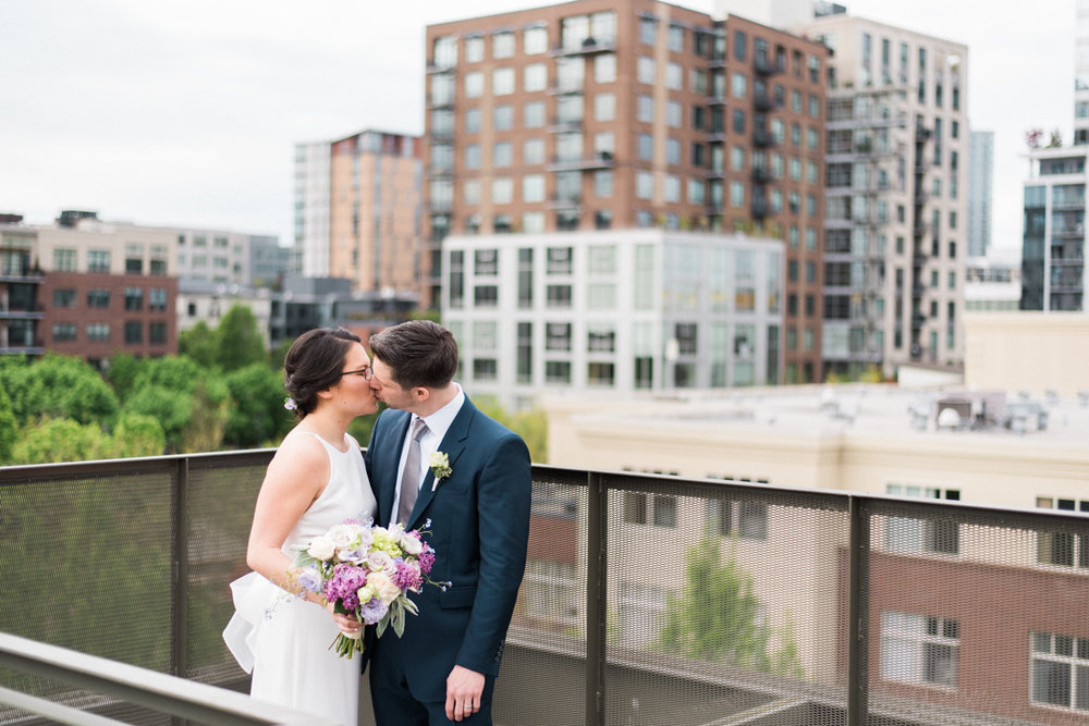 ecotrust-building-wedding-portland-or-urban-shelley-marie-photo-4