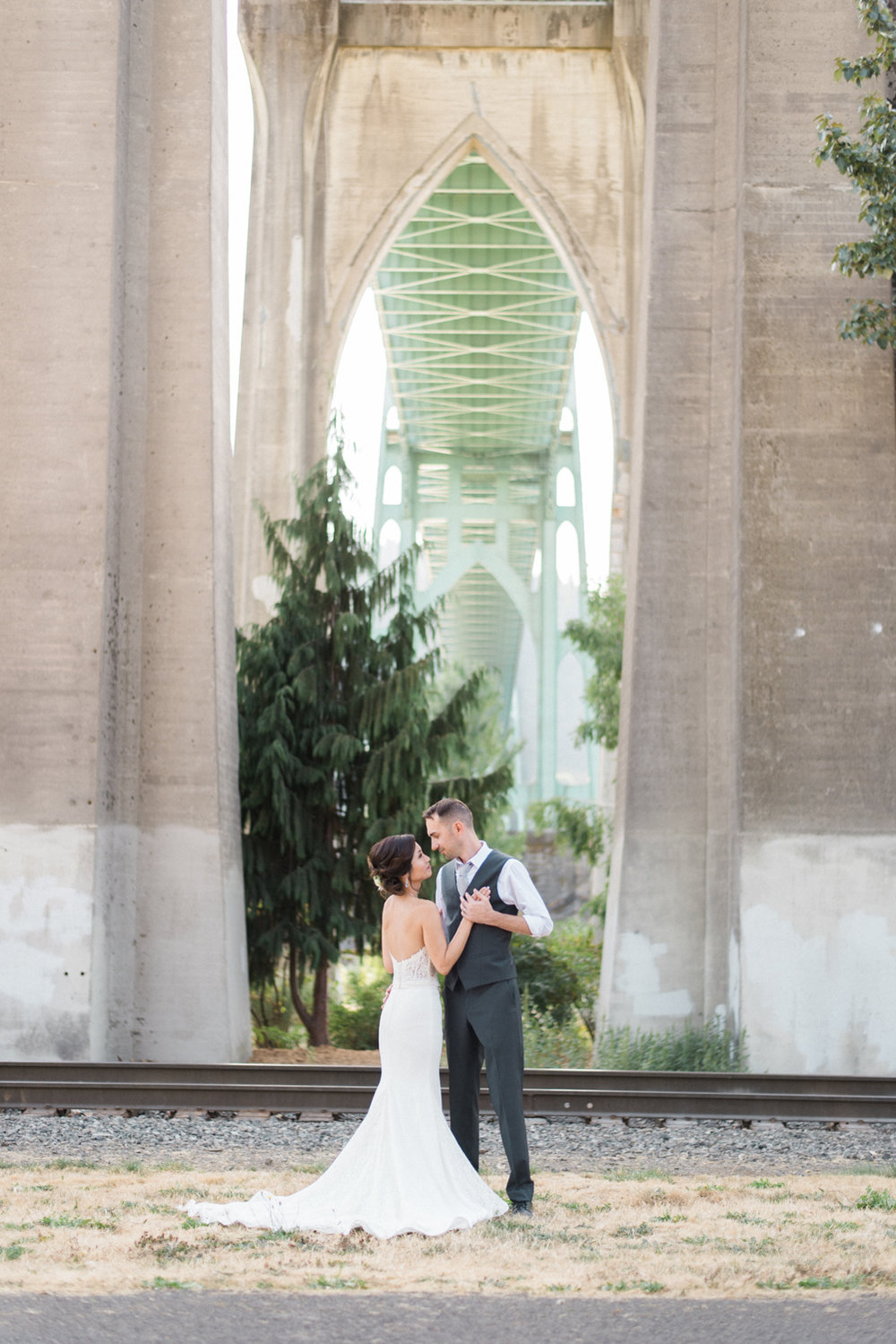 cathedral-park-wedding-st-johns-bridge-portland-shelley-marie-photo-2.jpg