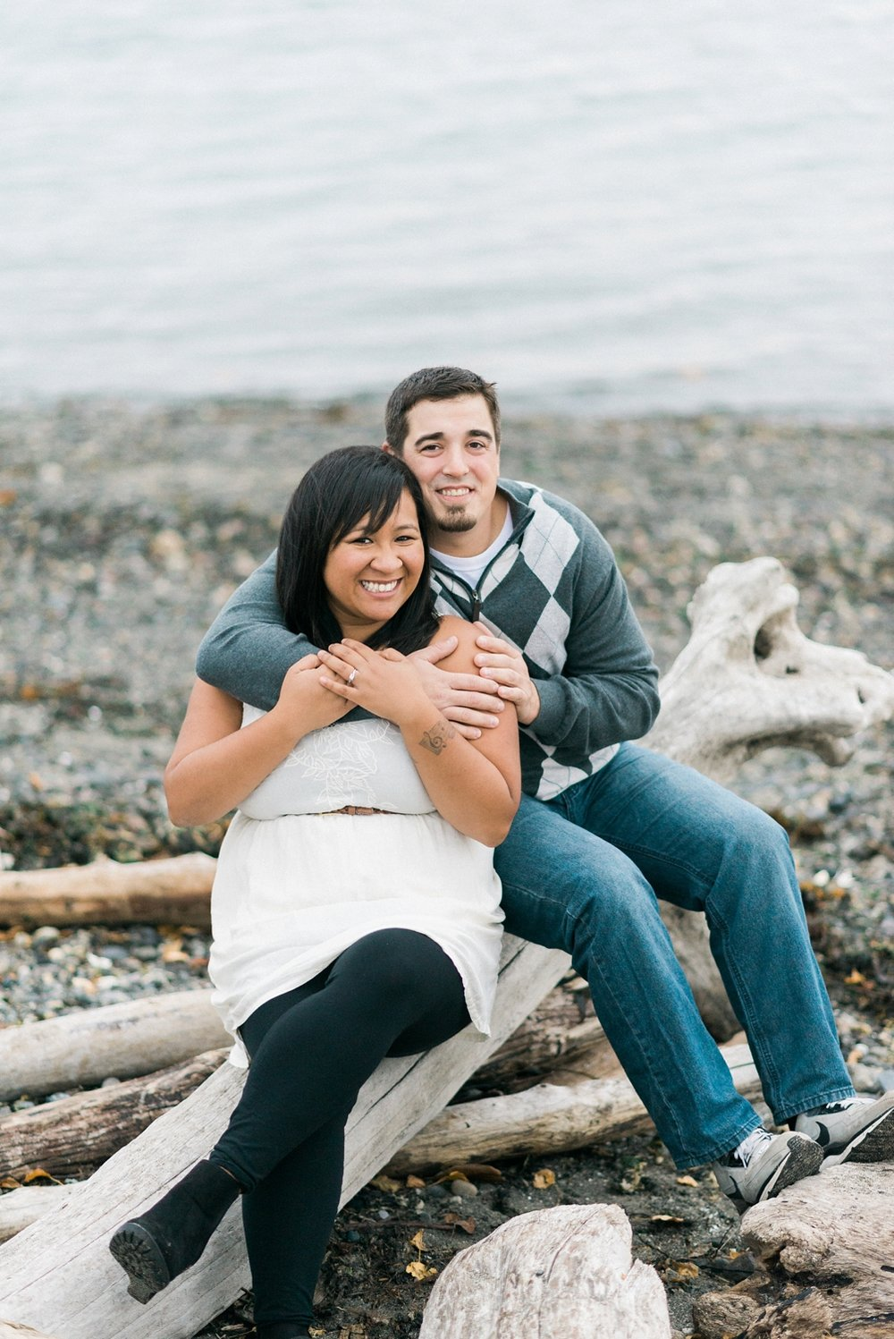 seattle-engagement-discovery-park-west-point-lighthouse-shelley-marie-photo-587-Edit_cr.jpg