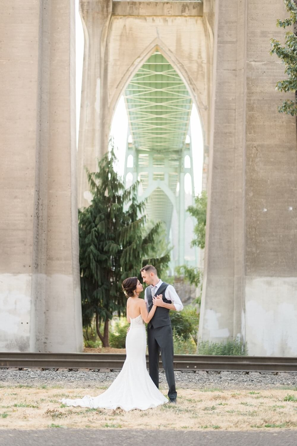 cathedral-park-wedding-urban-studio-portland-shelley-marie-photo-147_cr.jpg
