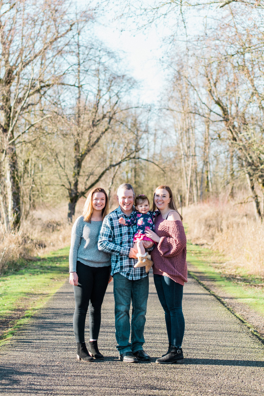 portland-family-photography-1-year-photos-klineline-pond-salmon-creek-wa-048-2.jpg