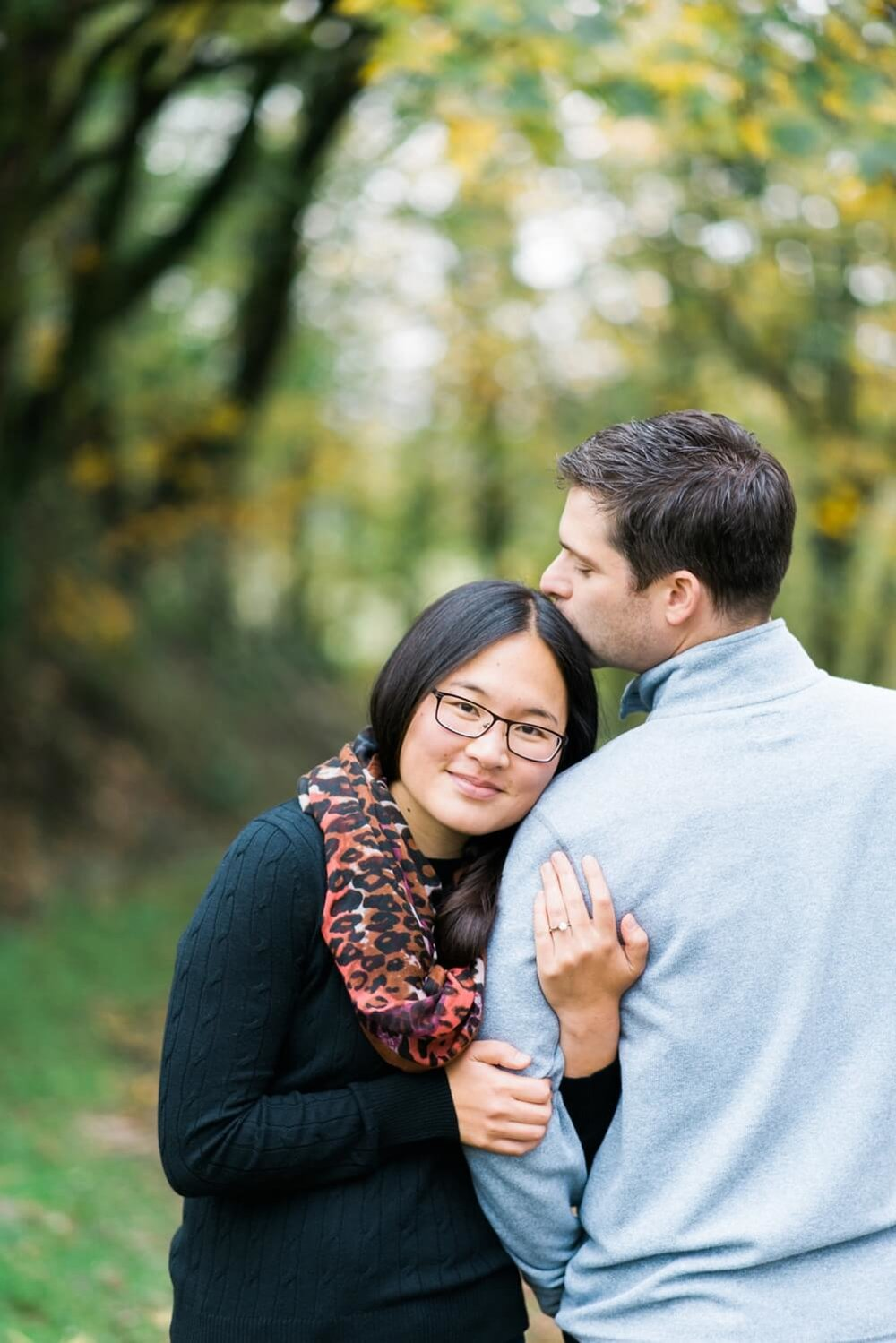 portland-engagement-colubia-river-gorge-latourell-waterfall-autumn-fall-crown-point-shelley-marie-photo-11_cr.jpg