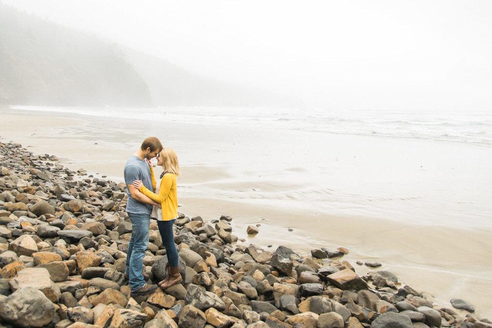 engagement-photography-oregon-coast-oswald-west-state-park-shelley-marie-photo-N580.jpg