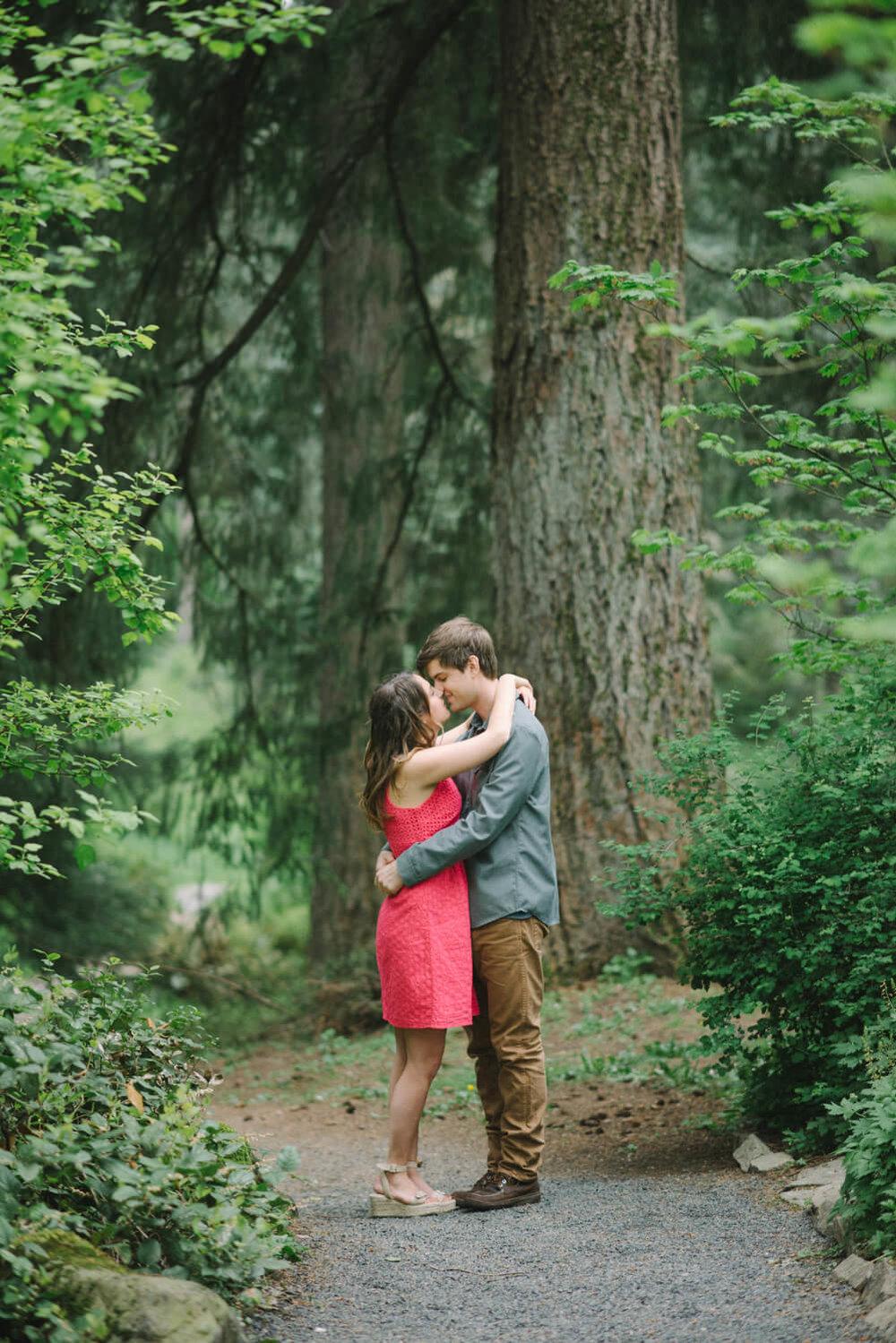 portland-engagement-photography-washington-park-hoyt-arboretum-shelley-marie-photo-214-Edit.jpg