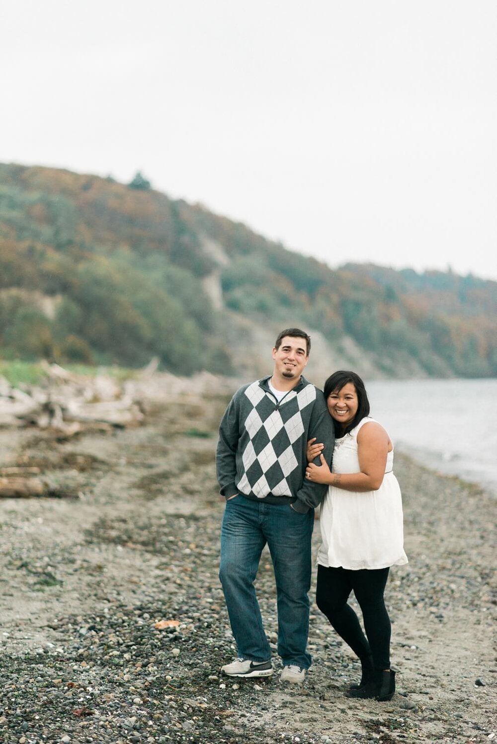 seattle-beach-engagement-photography-west-point-lighthouse-discovery-park-shelley-marie-photo-720_cr.jpg
