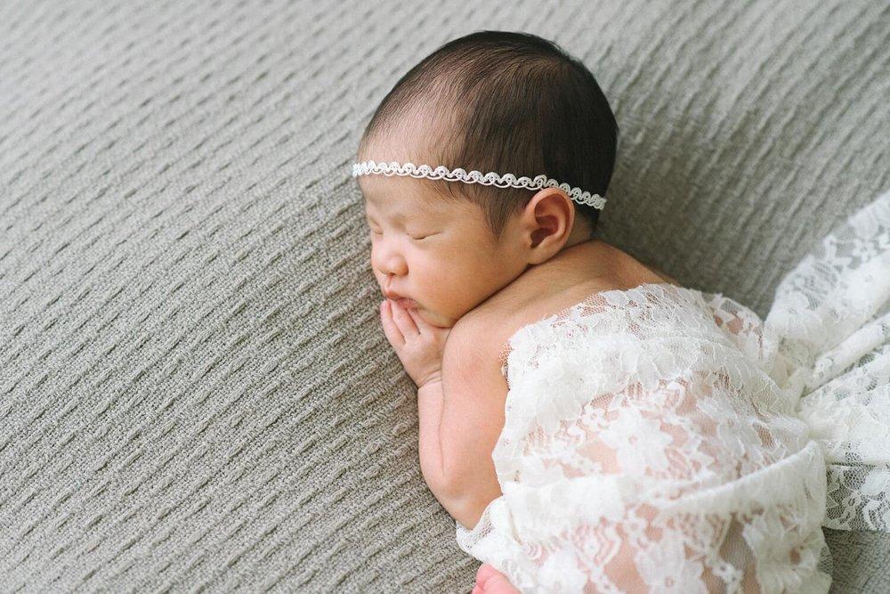 portland-oregon-newborn-photographer-sleeping-baby-girl-white-gray-shelley-marie-photography-2.jpg