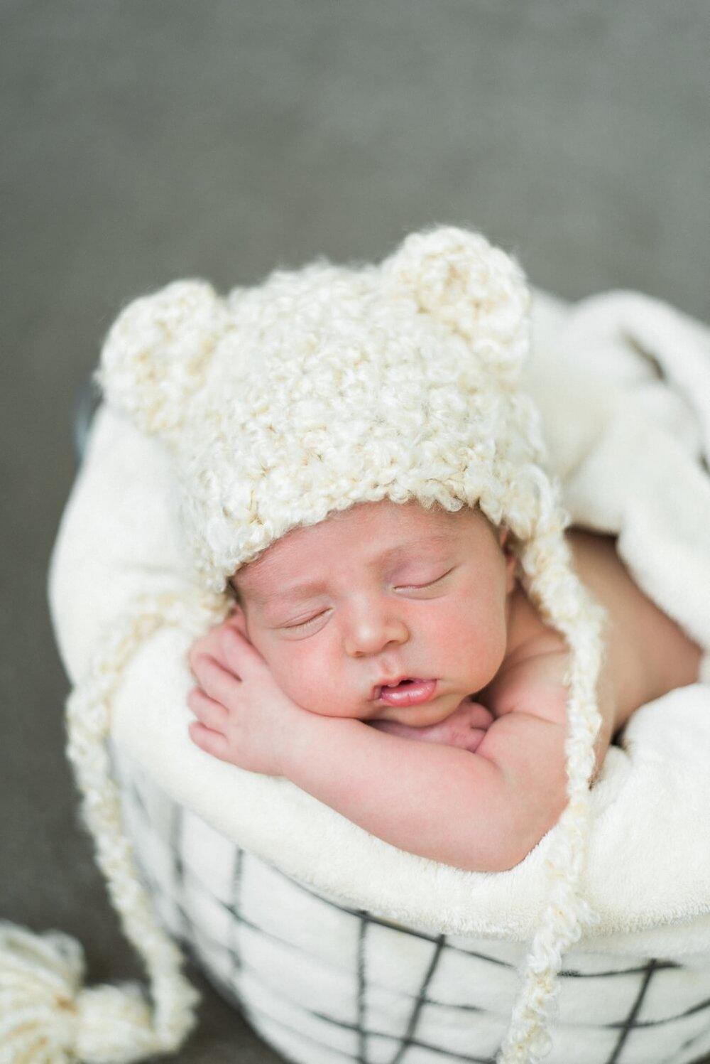 portland-oregon-newborn-photographer-sleeping-baby-boy-bear-ear-knit-hat-with-tassles-shelley-marie-photography-8.jpg