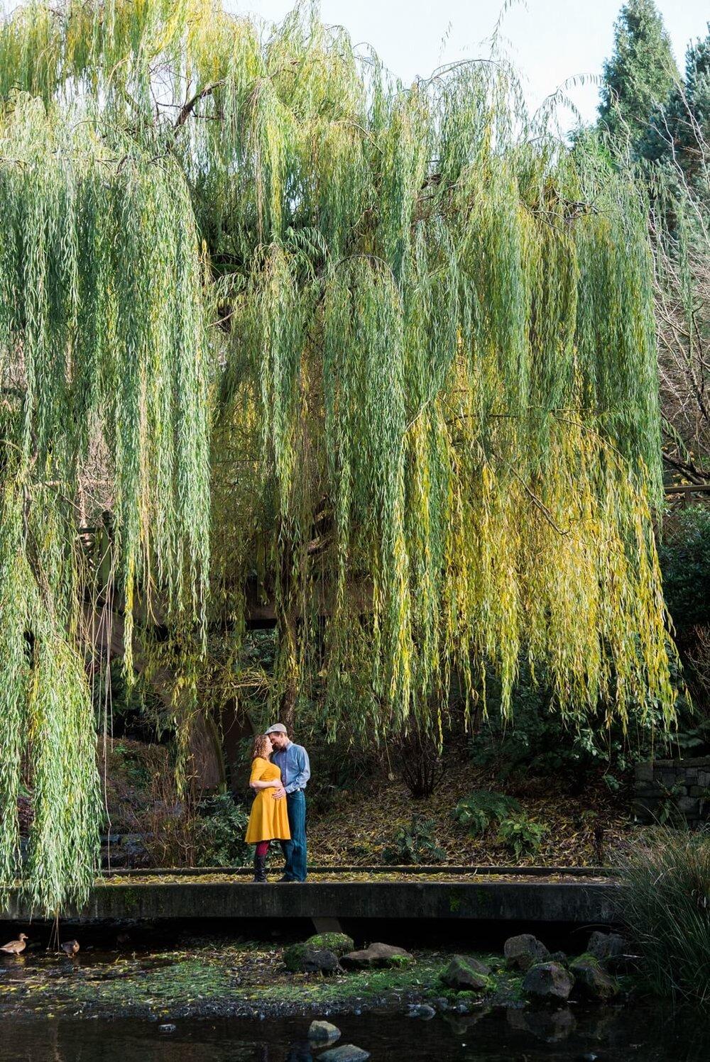 portland-maternity-crystal-springs-rhododendron-garden-oregon-shelley-marie-photo-167_cr.jpg