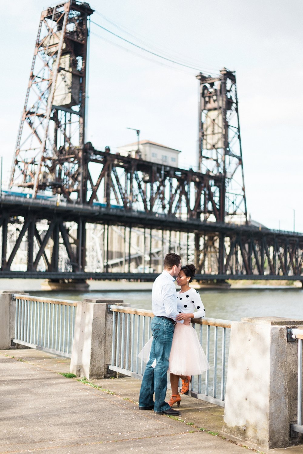 portland-waterfront-engagement-cherry-blossom-cathedral-park-sokhorn-jay-075_cr.jpg