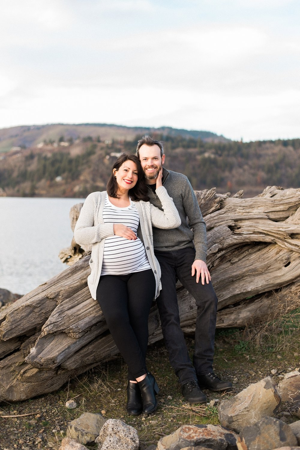 hood-river-maternity-photos-columbia-river-gorge-shelley-marie-photo-099_cr.jpg