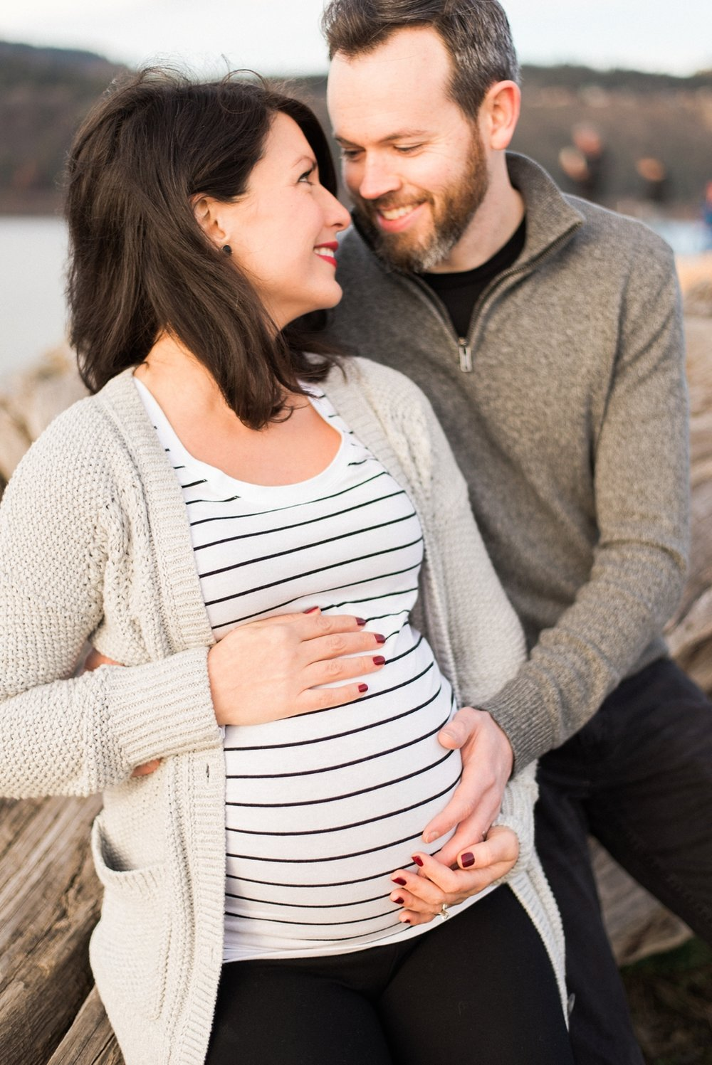 hood-river-maternity-photos-columbia-river-gorge-shelley-marie-photo-118_cr.jpg