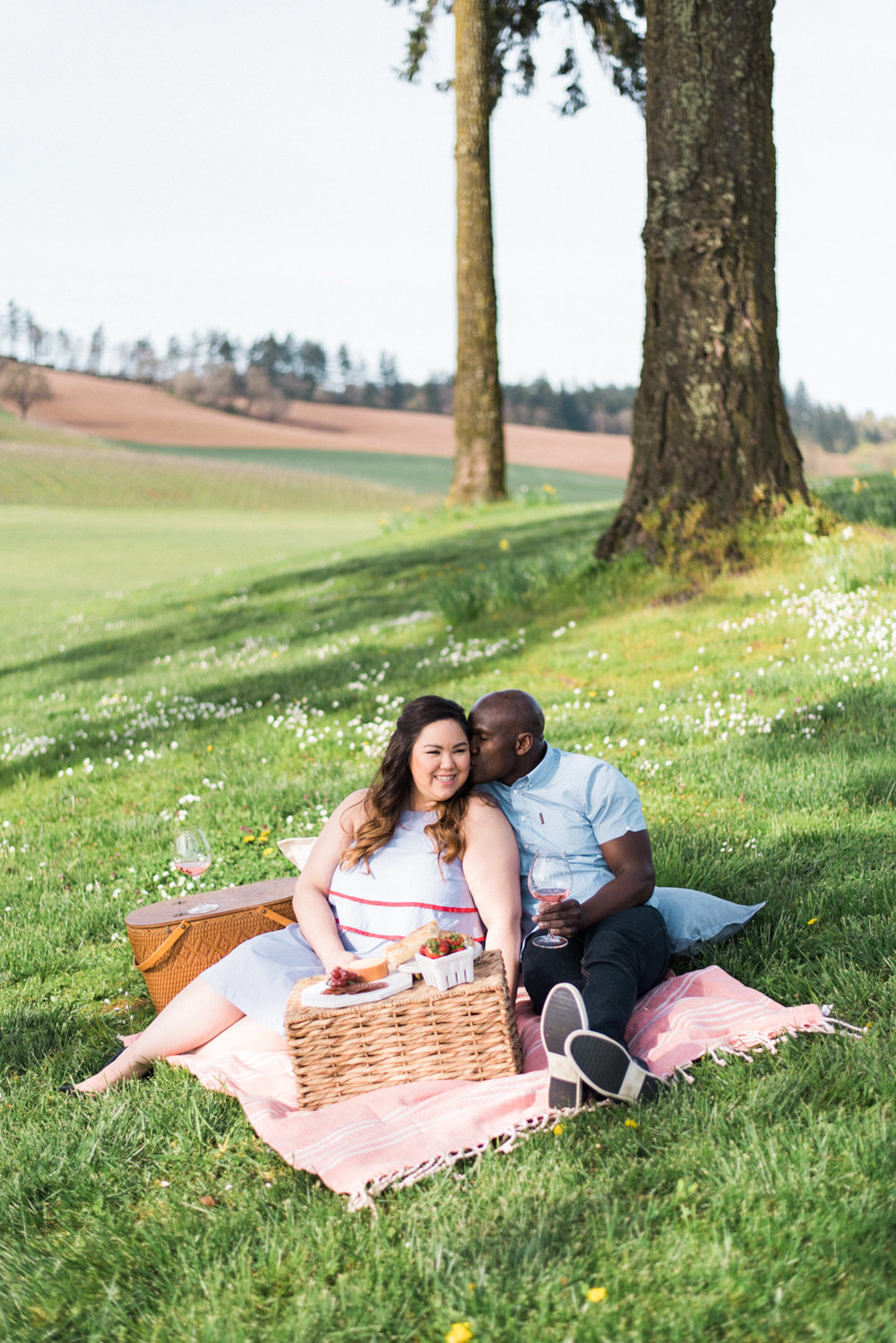stoller-vineyards-engagement-photos-portland-oregon-shelley-marie-photo-051.jpg
