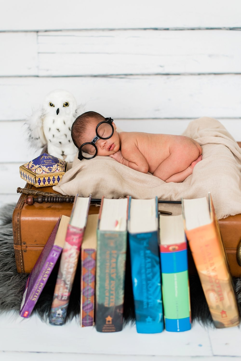 harry-potter-themed-newborn-photos-portland-shelley-marie-photography-015_cr.jpg