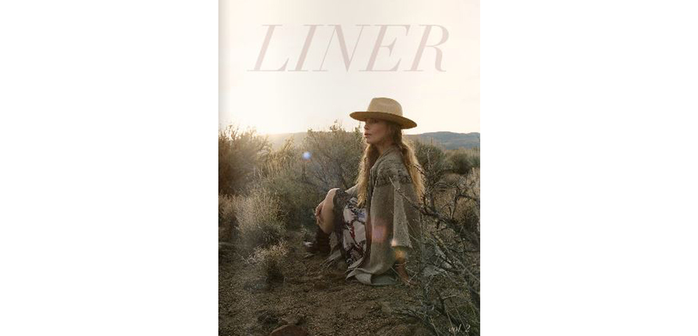 Liner Magazine with Favor