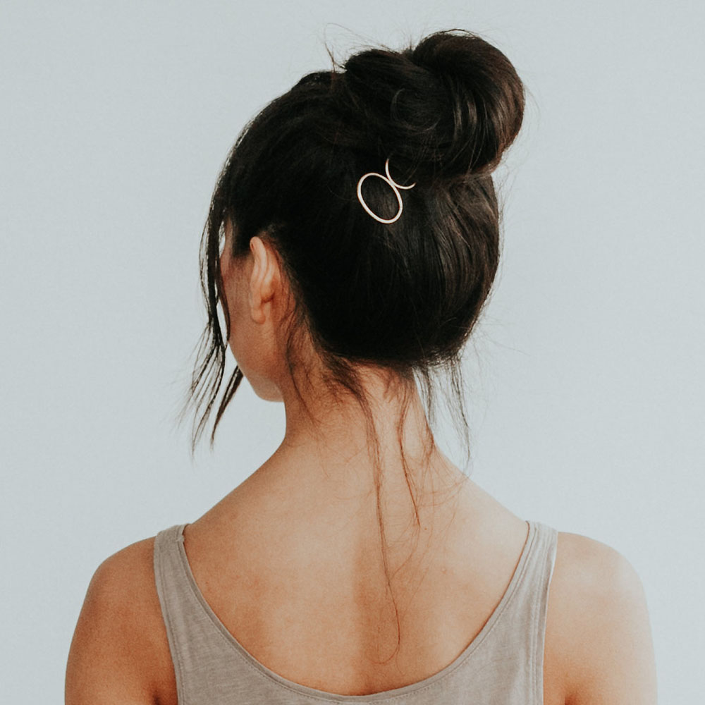 Top Knot with the Oval Hair Pin -