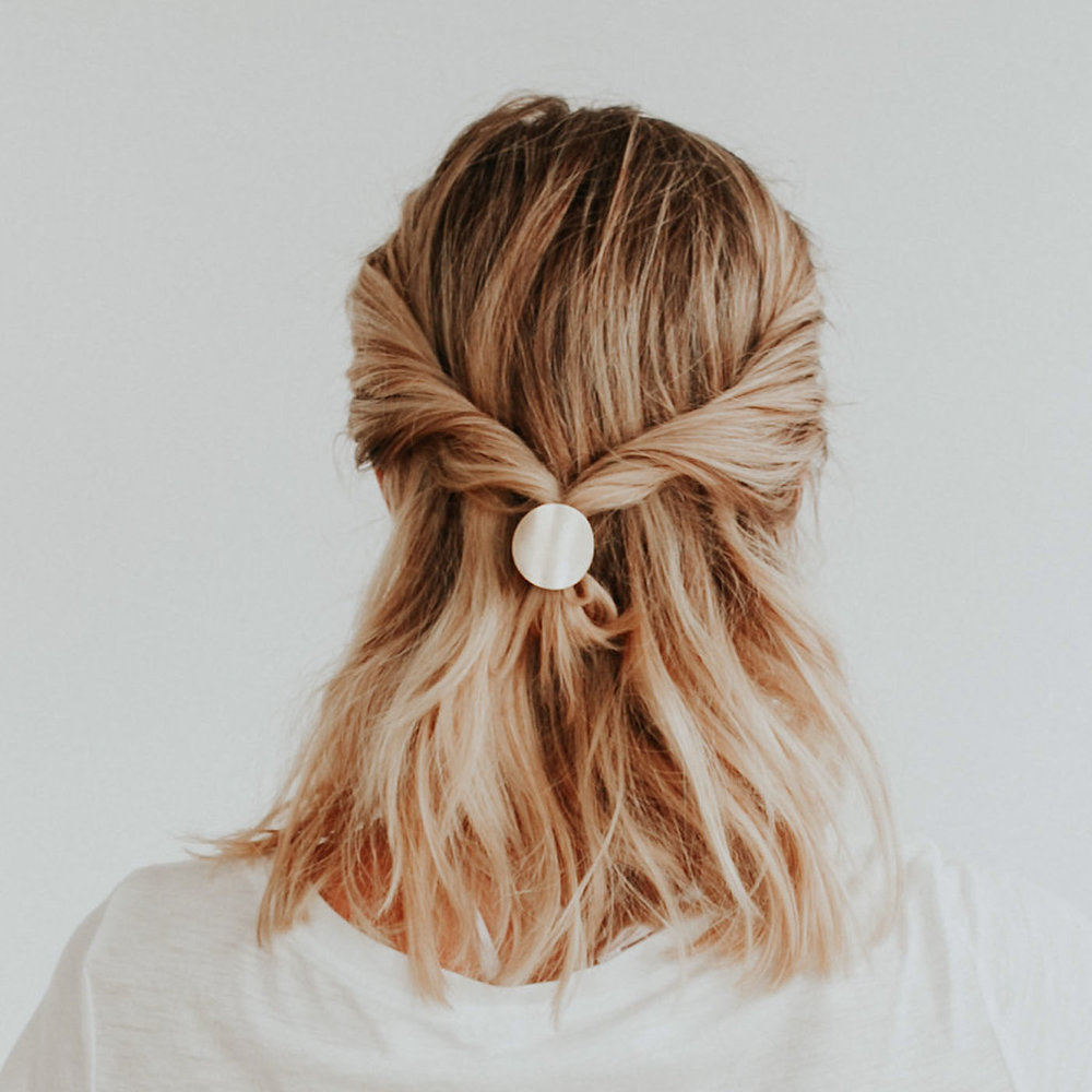Twisted Half Pony with the Disc Hair Tie - Click through for step-by-step tutorial