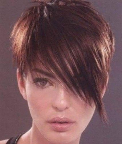 Love this hair style! Wish I had a nice angular face to pull it off.