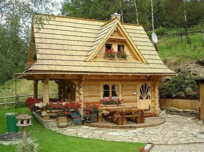 This is not the home we would have, but maybe I could turn this into my writing cabin? Hmmm....