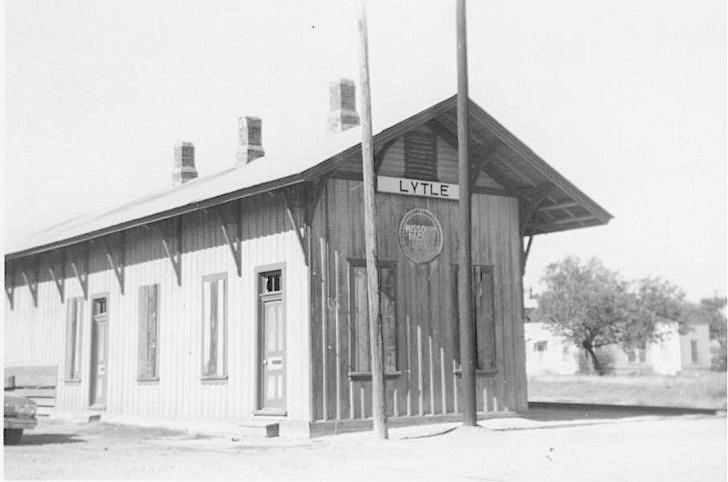 Lytle Railroad Depot