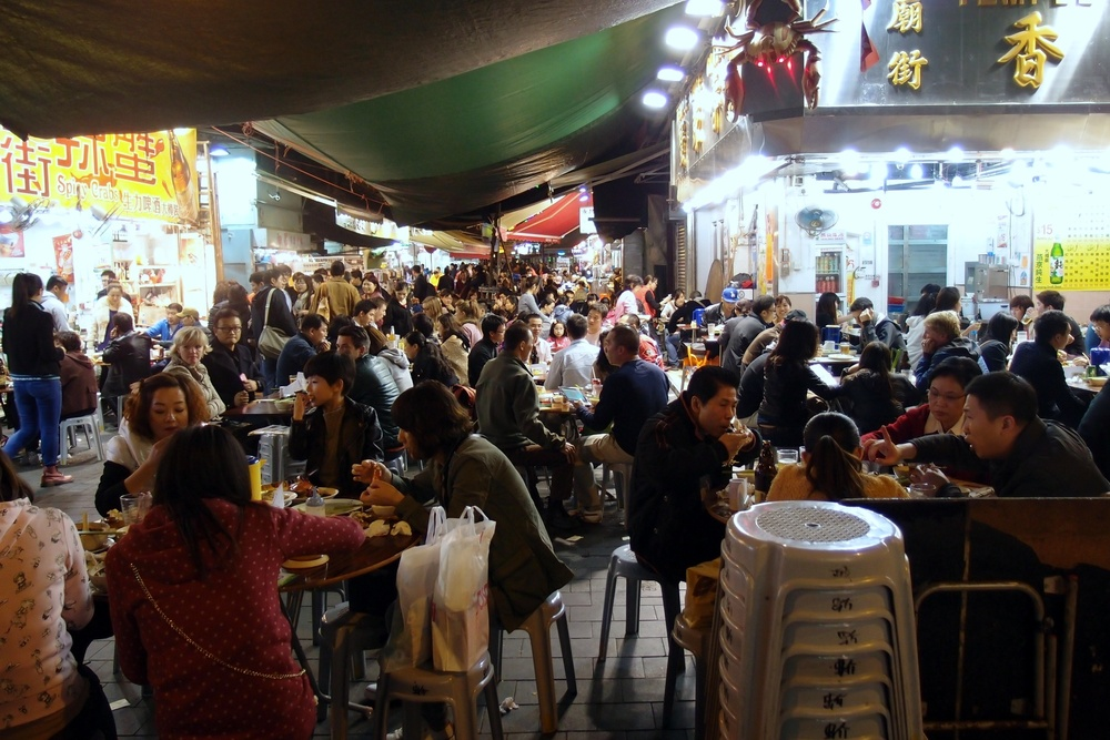 Hong Kong Private Tours Hong Kong | Hong Kong Private Walking Tours Hong Kong   Eat at your own peril at these extremely dodgy restaurants at the Temple Street Night Market, the food is quite awful.