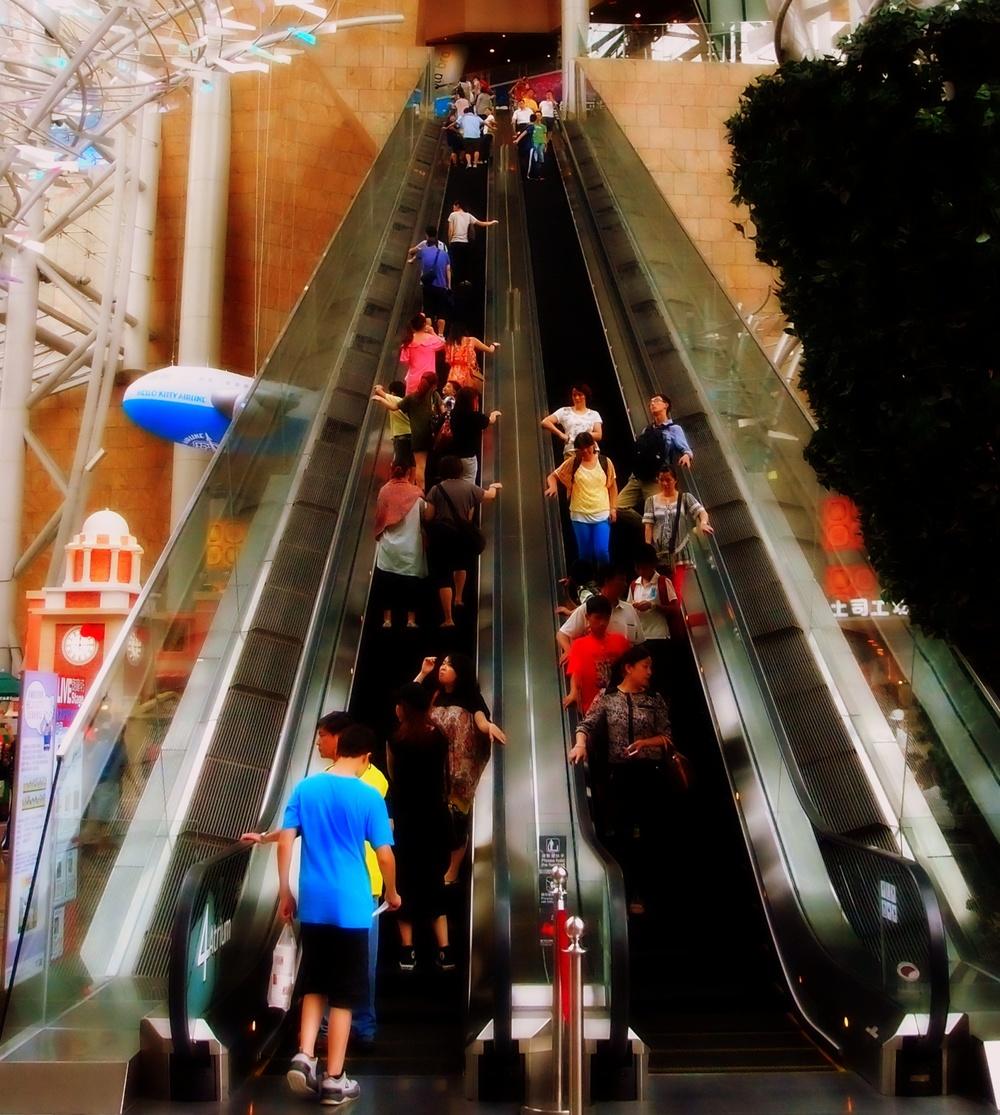 A very, very long escalator