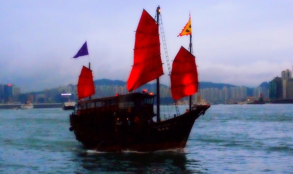 The Aqua Luna Harbour Tour
