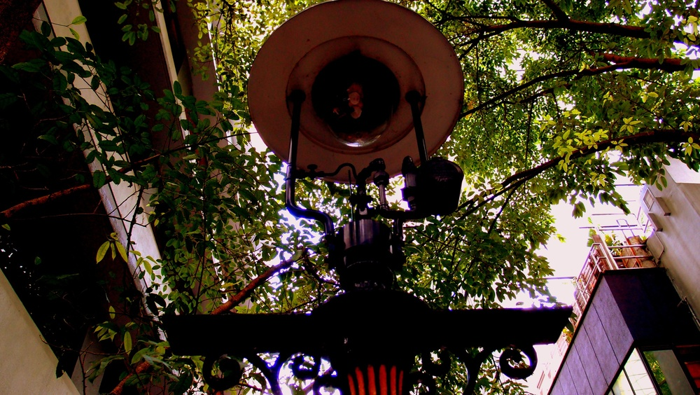 The quirky Duddell Street Gas Lamps