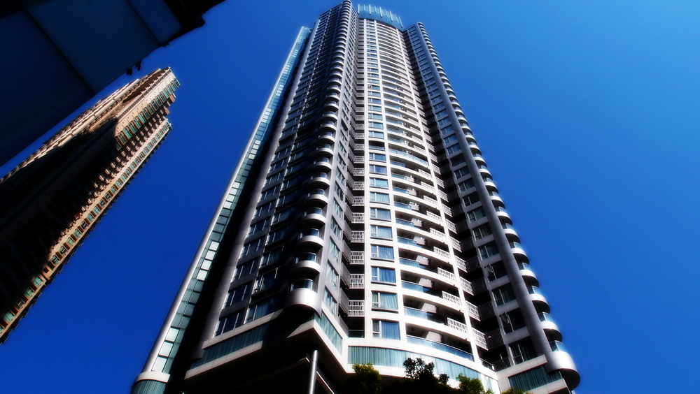 One Wanchai - 295sqft about US$1.1 million to buy.. beyond crazy