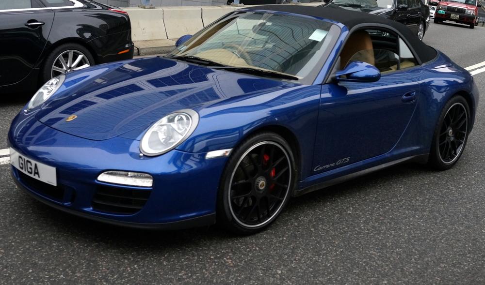 Porsche - lovely colour